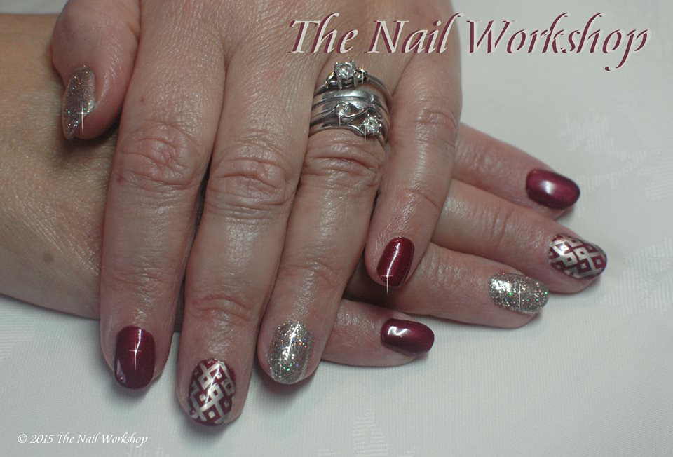 Gel II Cactus Wine colour with gold stamping and glitter