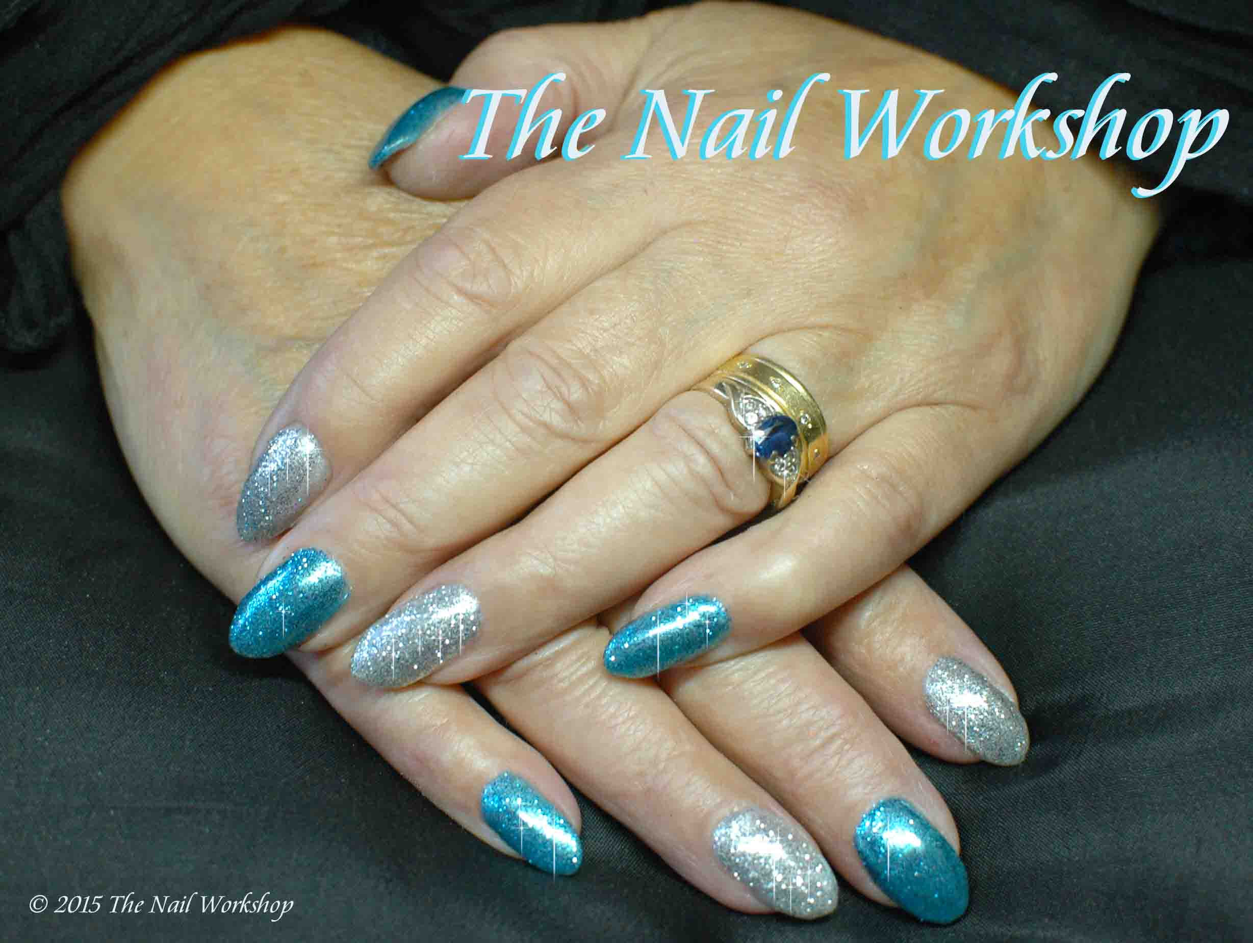 Gel II Deep Oceanand Artic White with Glitter Angie