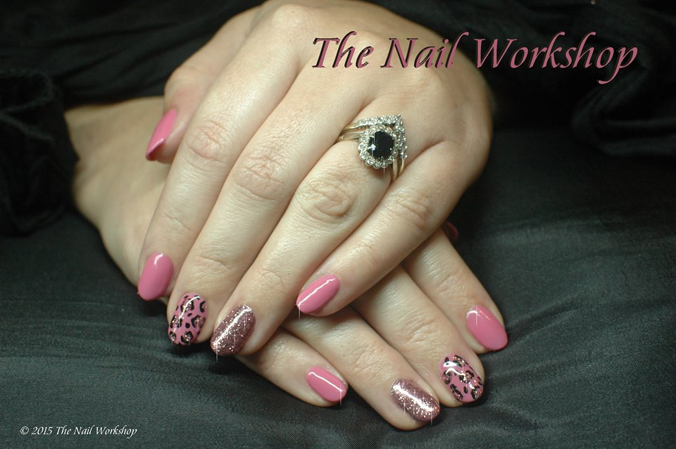 Gel II Pink with leopard print and glitter
