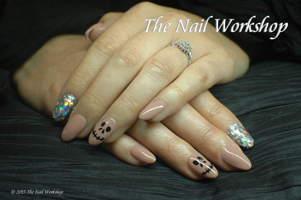 gel polish halloween nails