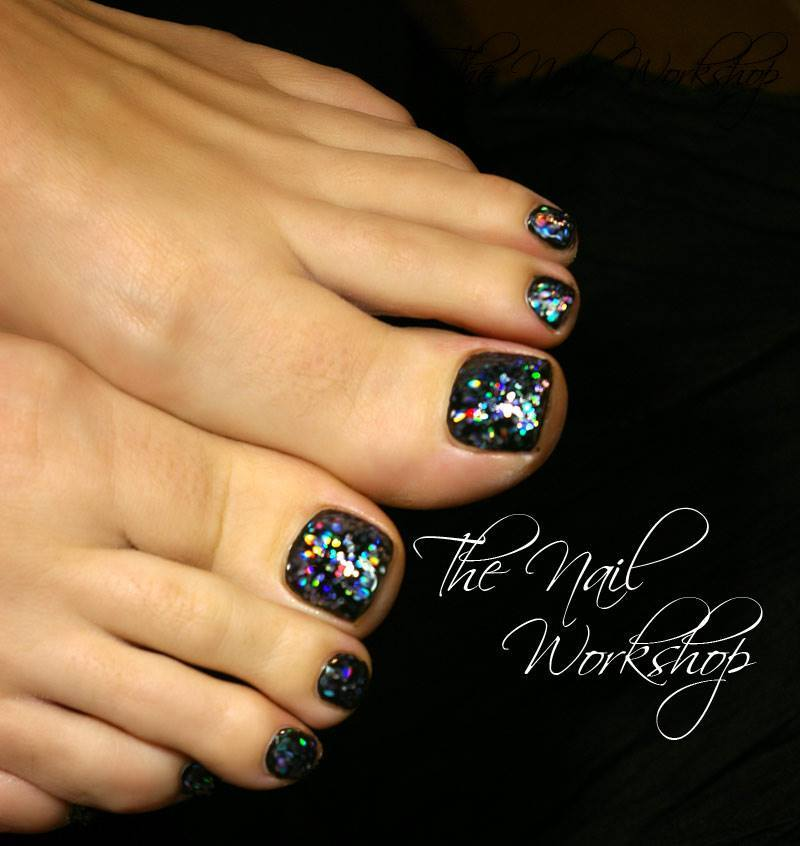 Gelish Black Shadow and chunky glitter Gel Pedicure
