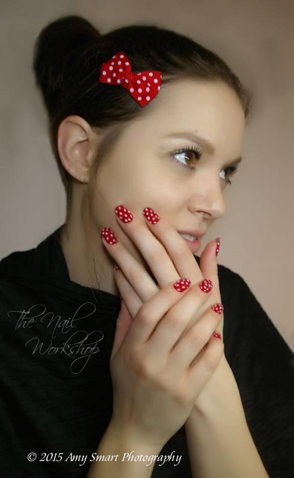 Valenties Gelish Red and White Dots
