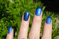 Gelish Ocean Wave with Wiggle fingers on tip with matte effect and glossy drips - Click here to enlarge this image