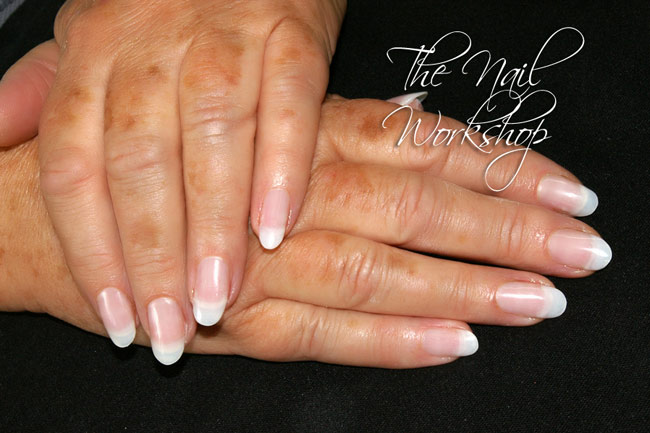 The Edge System Achieves Strength By Using Either Fibreglass Or Silk Layers Of Resin Will Be Applied To Nail Enhancement Leaving Its Appearance Thin