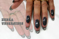 Zebra Nails Gelish - Click here to enlarge this image